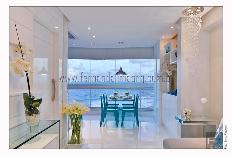 PITUBA PRIVILLEGE: Salas de estar  por FERNANDA LIMA,Moderno