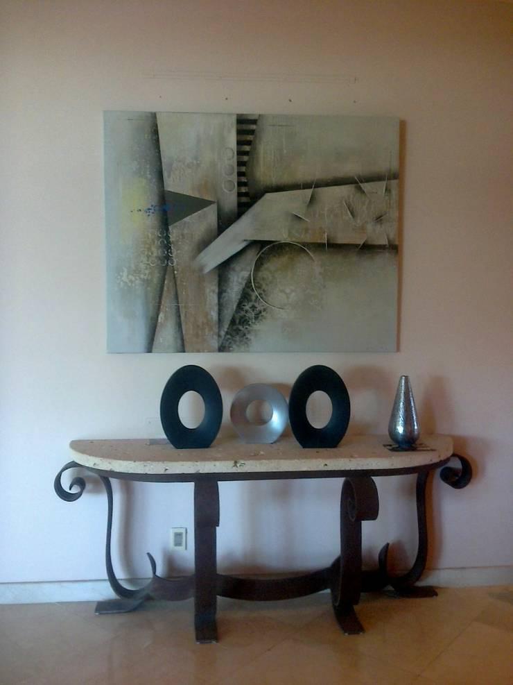 espacios con arte Pasillos, vestíbulos y escaleras clásicas de Daniel Vidal Clásico Piedra