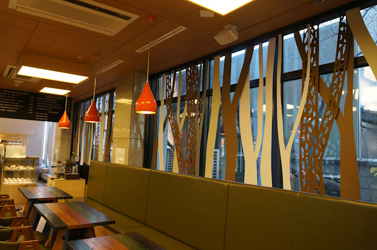 성남 ims빌딩 AGAPIA CAFE: 건후건축디자인의  상업 공간