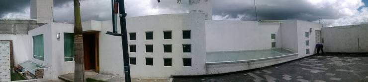 Fachada actual:  de estilo  por Milla Arquitectos S.A. de C.V.