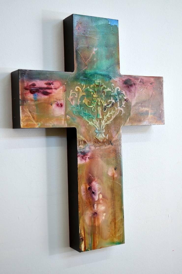 Obras Cristianas: Comedor de estilo  por Galeria Ivan Guaderrama