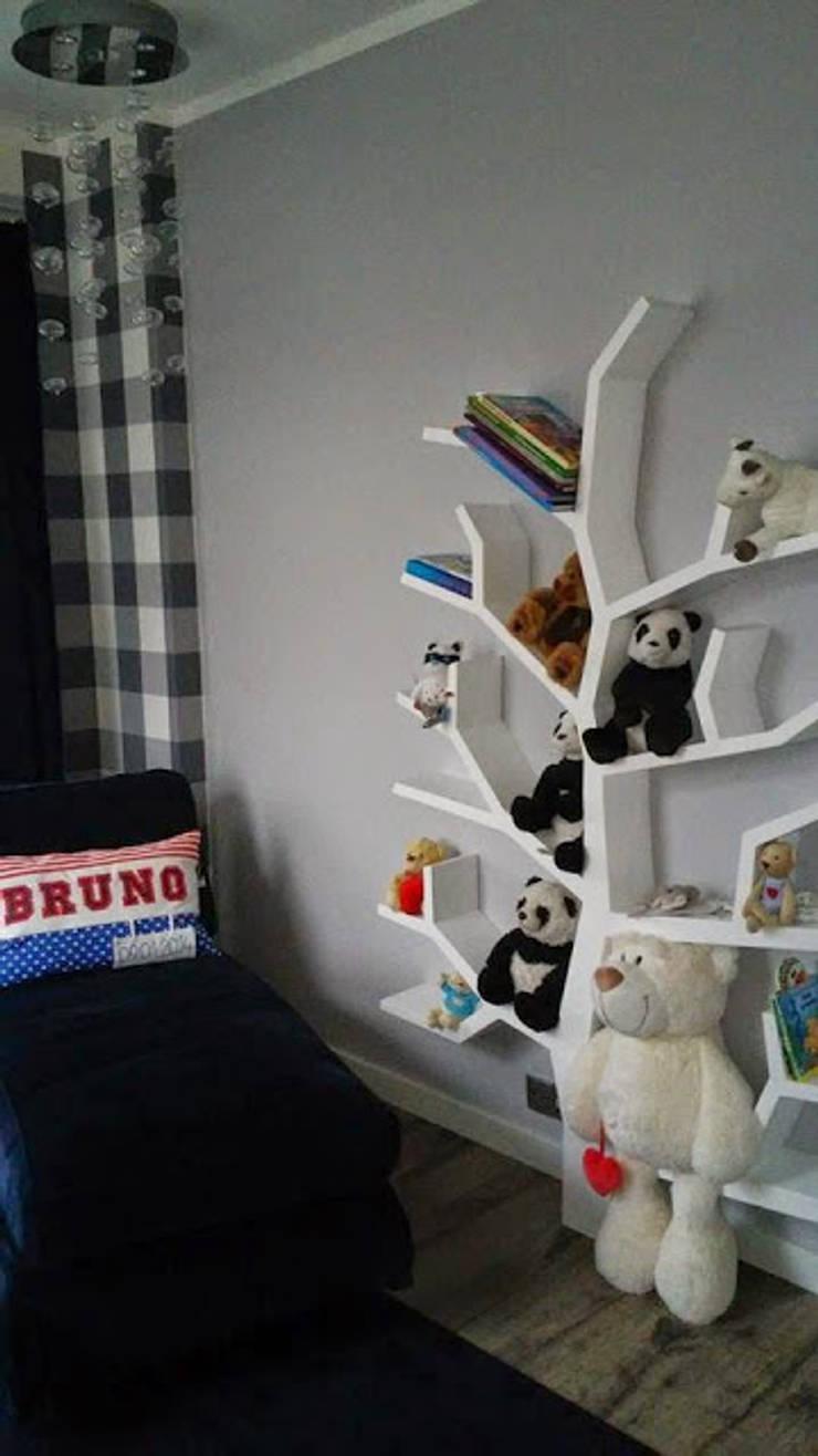 Regał drzewo 190x130x16cm: styl , w kategorii Pokój dziecięcy zaprojektowany przez INSPIRUJĄCE PÓŁKI