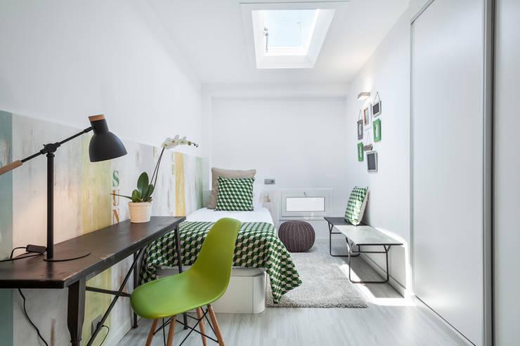 Спальная комната  в . Автор – Home Deco Decoración,
