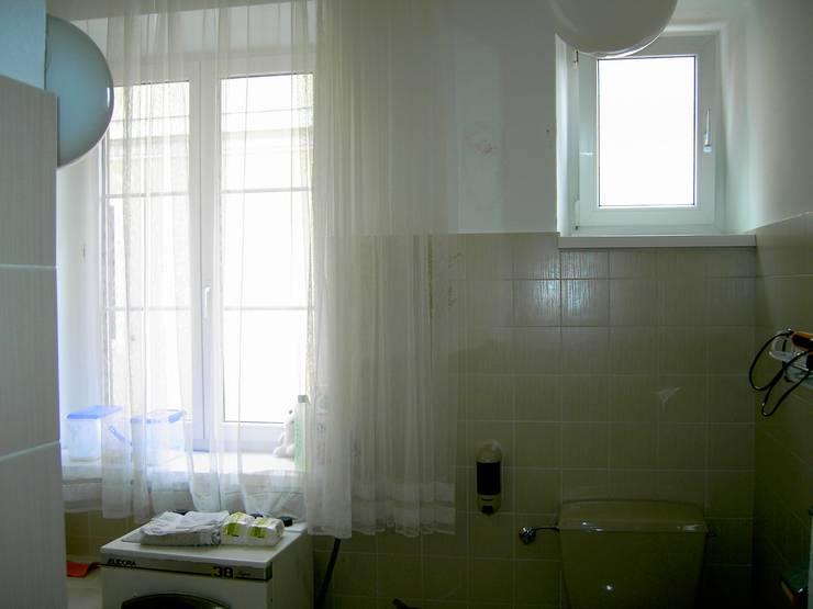 Badezimmer vorher:   von INARCH Sabine Schimanofsky