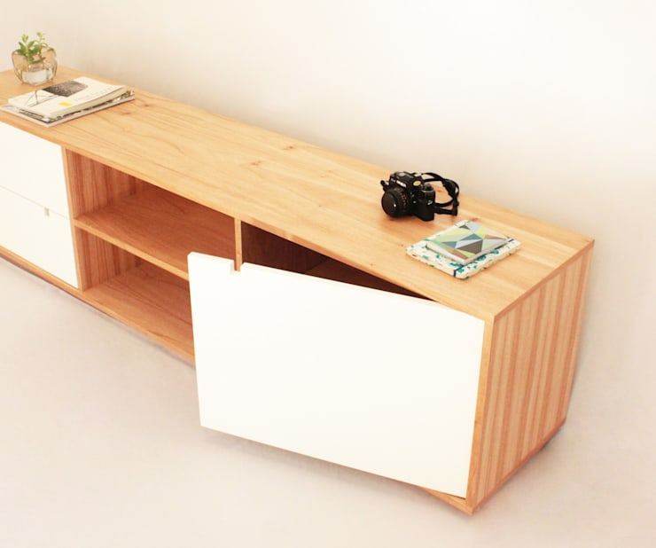 Consola Diogenes: Livings de estilo  por Debute Muebles
