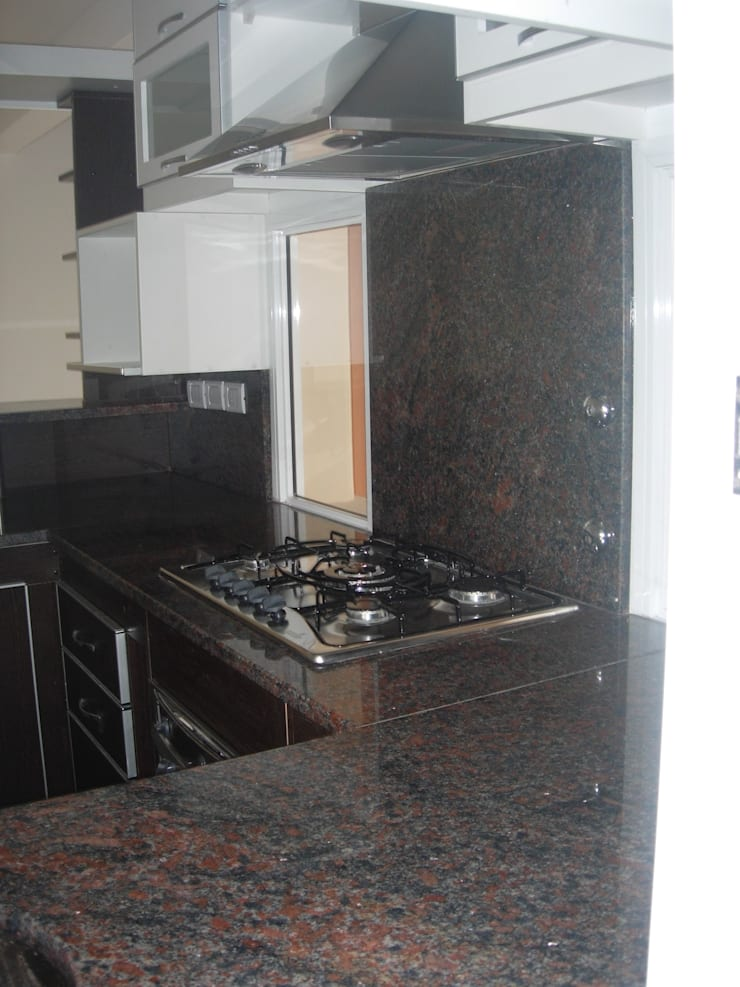 Kitchen by Grupo PZ,