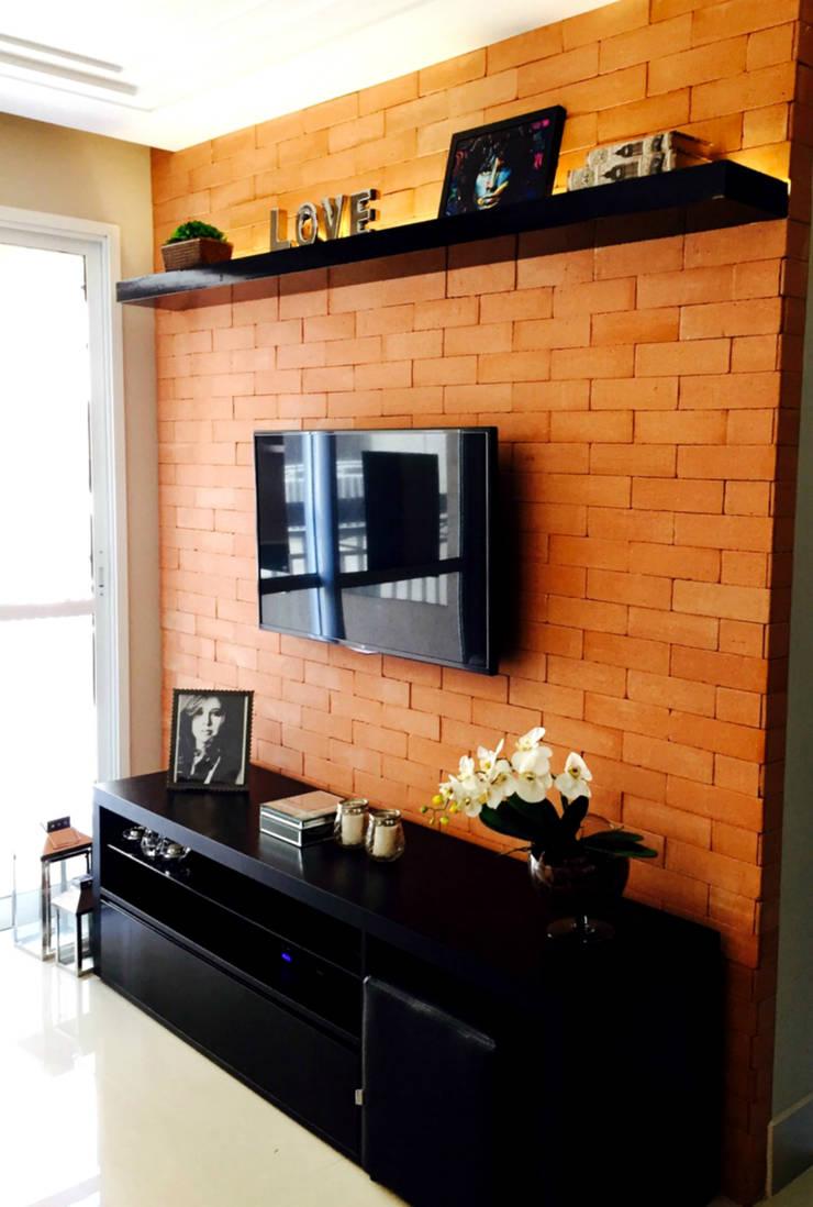 Sala de Estar: Salas de estar  por Suelen Kuss Arquitetura e Interiores,