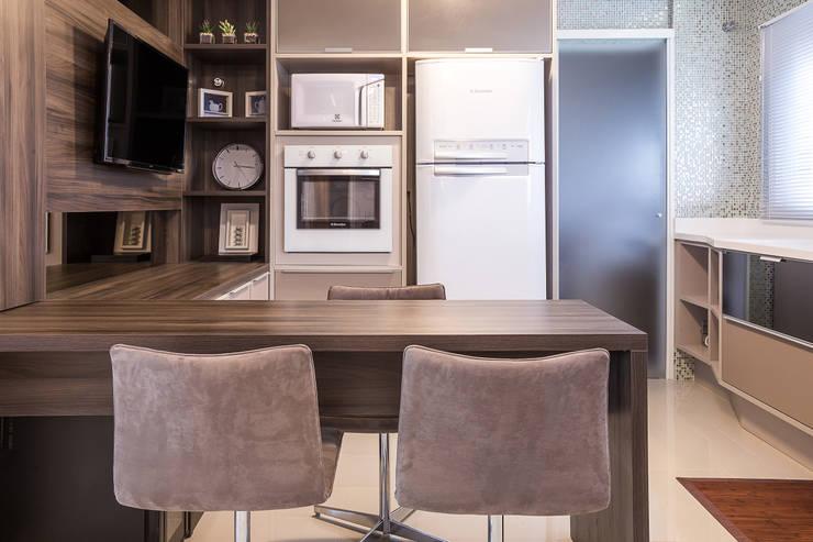 Cocinas de estilo  de Camila Chalon Arquitetura