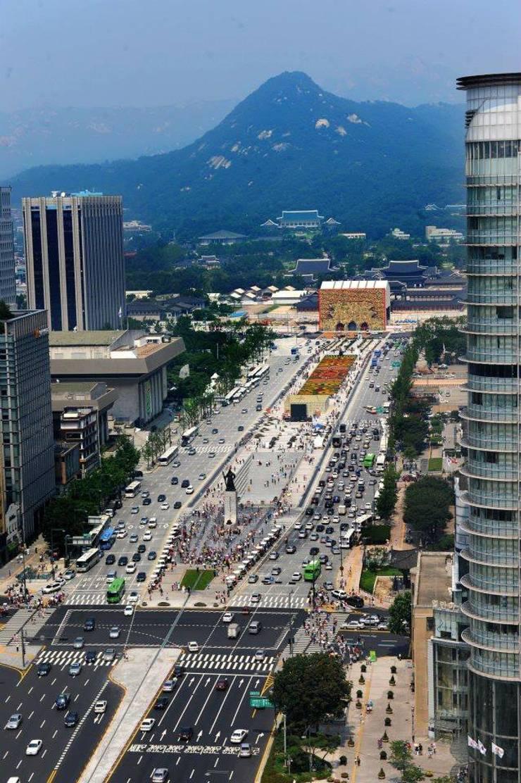 Gwanghwamun Plaza: Seo Ahn R&D Design Group의