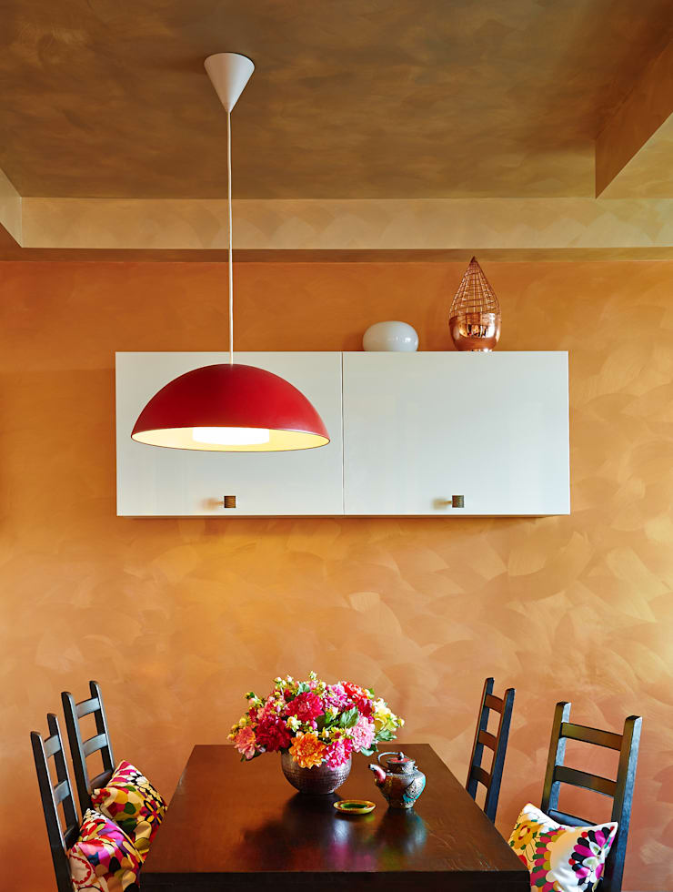 Modern dining room by Бюро Акимова и Топорова Modern