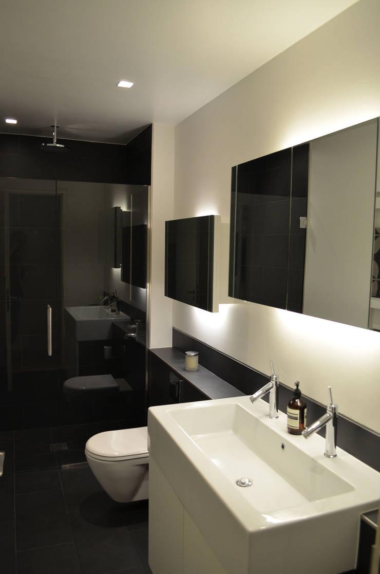 Belsize Park Gardens:  Bathroom by Belsize Architects
