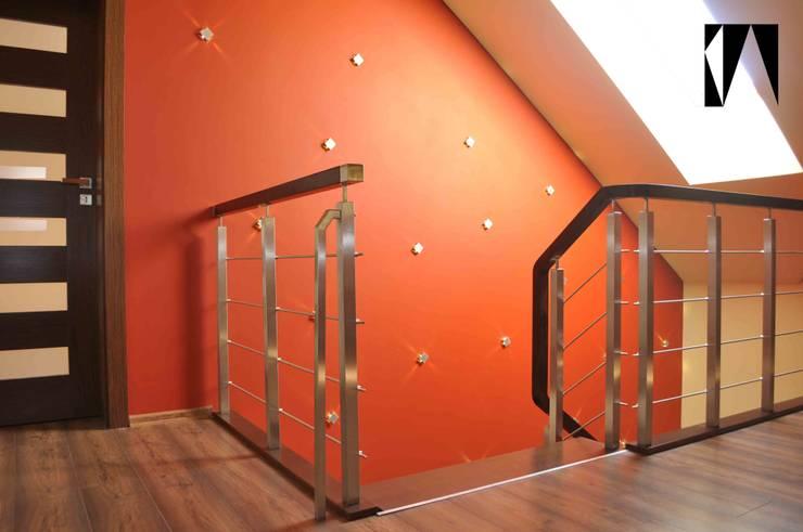 zdjęcie z realizacji: styl , w kategorii Korytarz, przedpokój zaprojektowany przez Katarzyna Wnęk