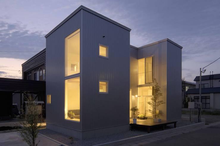 桂木の家: フクシアンドフクシ建築事務所が手掛けた家です。