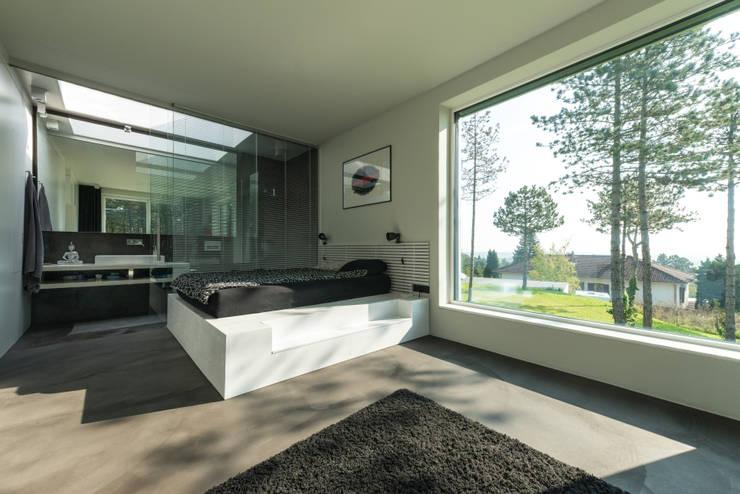 Schlafzimmer: moderne Schlafzimmer von PLANET architects