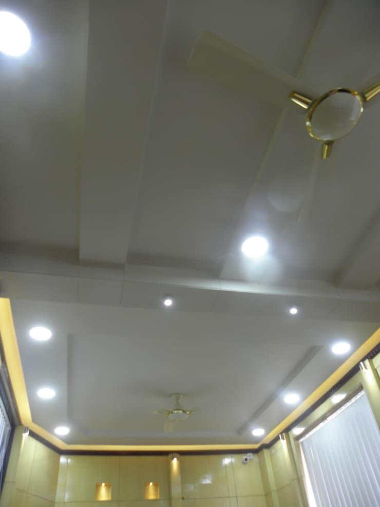 Office ceiling design:  Study/office by Designaddict