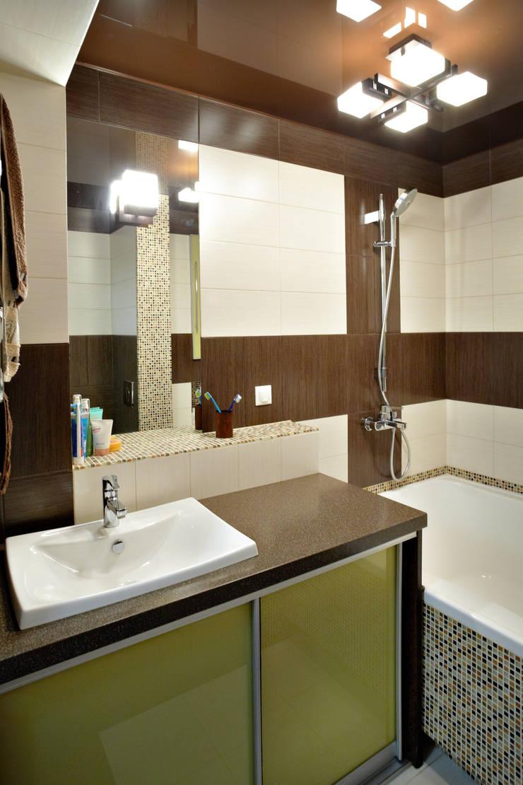 Двухуровневая квартира по ул.Карельская: Ванные комнаты в . Автор – Галина Глебова