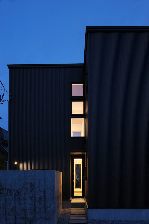 新田の家 オリジナルな 家 の フクシアンドフクシ建築事務所 オリジナル