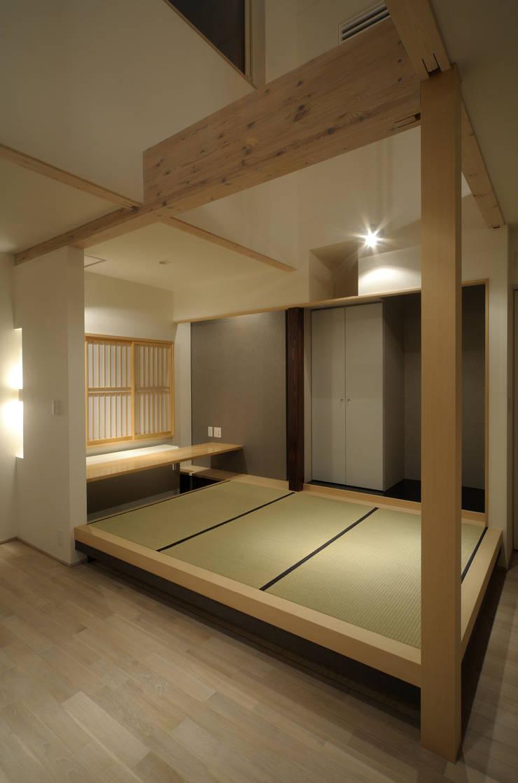新田の家 オリジナルデザインの 多目的室 の フクシアンドフクシ建築事務所 オリジナル