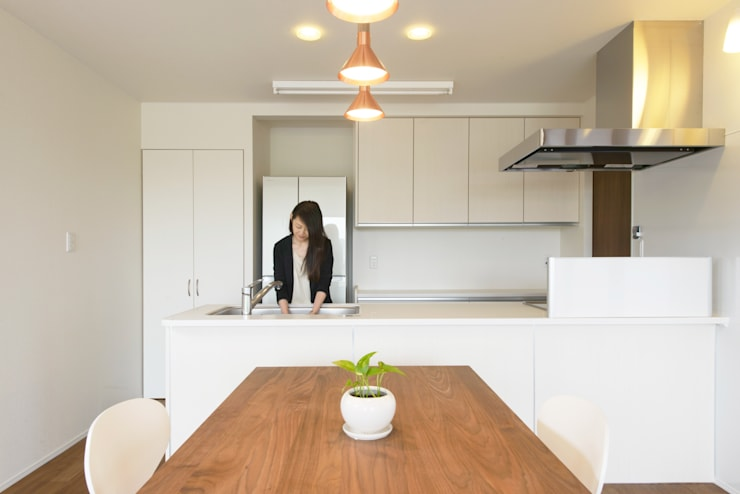 矢沢の家: フクシアンドフクシ建築事務所が手掛けたキッチンです。