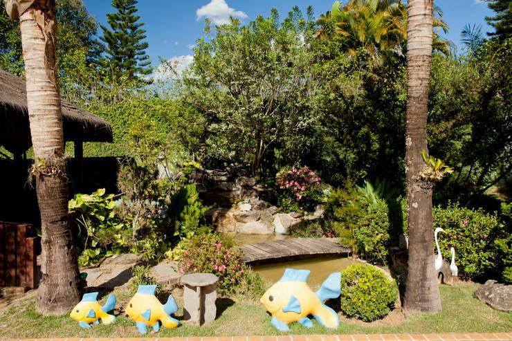 Casa de Campo Cabreúva: Jardins  por Cactus Arquitetura e Urbanismo,