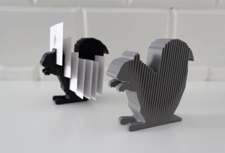 3D printed squirrel notes holder: styl , w kategorii Domowe biuro i gabinet zaprojektowany przez Formsfield