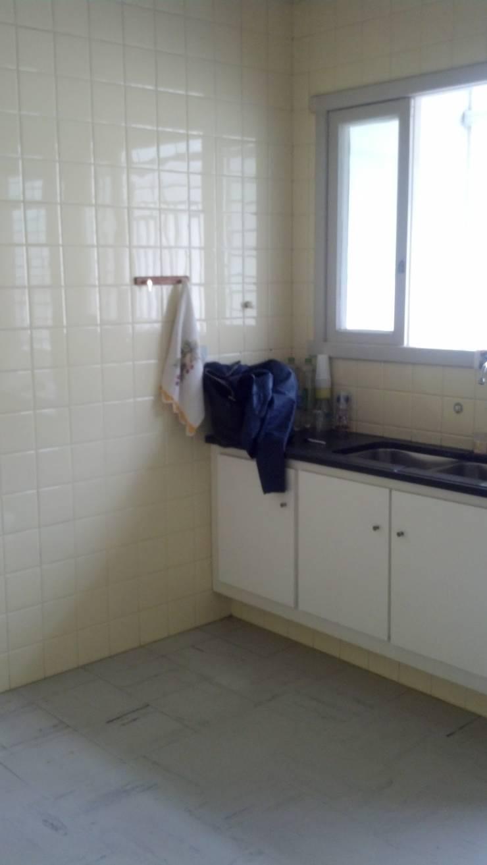 Antes Cozinha:   por HAPPY Arquitetura