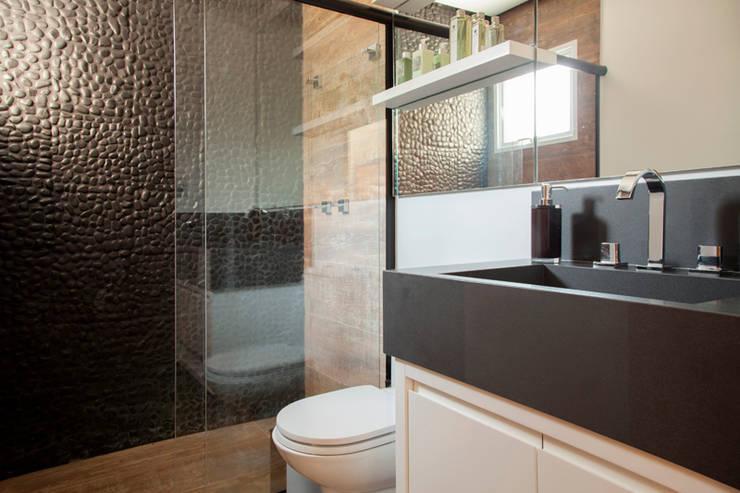 Banheiro - Proprietário: Banheiros  por Arquitetura 8 - Ana Spagnuolo & Marcos Ribeiro