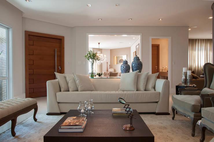Sala de estar Salas de estar modernas por Arquitetura 8 - Ana Spagnuolo & Marcos Ribeiro Moderno