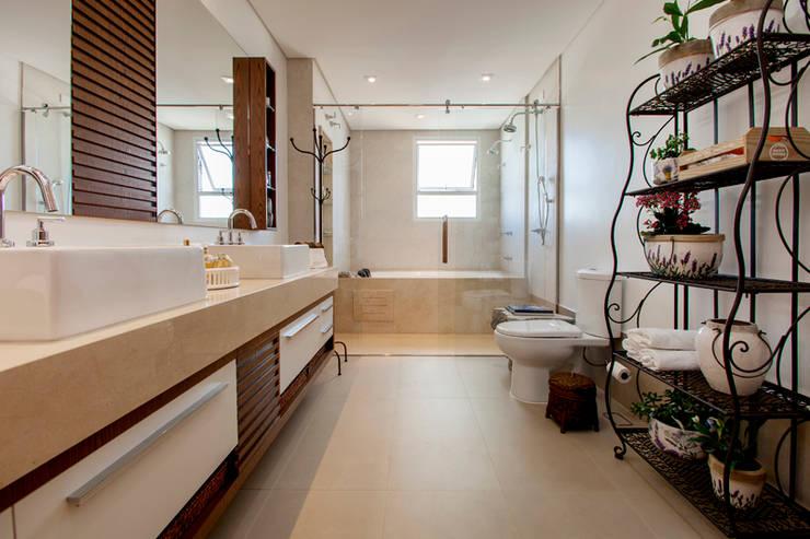modern Bathroom by Arquitetura 8 - Ana Spagnuolo & Marcos Ribeiro