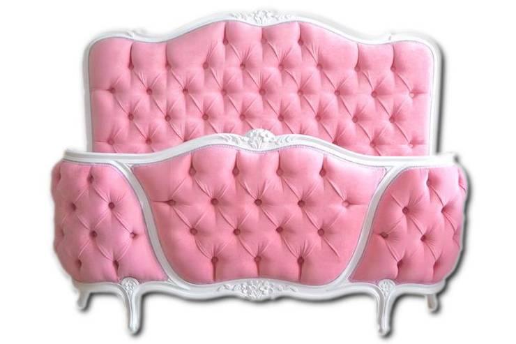 Łóżko Maria Antonina: styl , w kategorii Sypialnia zaprojektowany przez Juicy Colors,