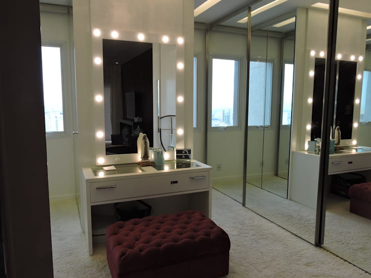 Dressing room by PL ARQUITETURA