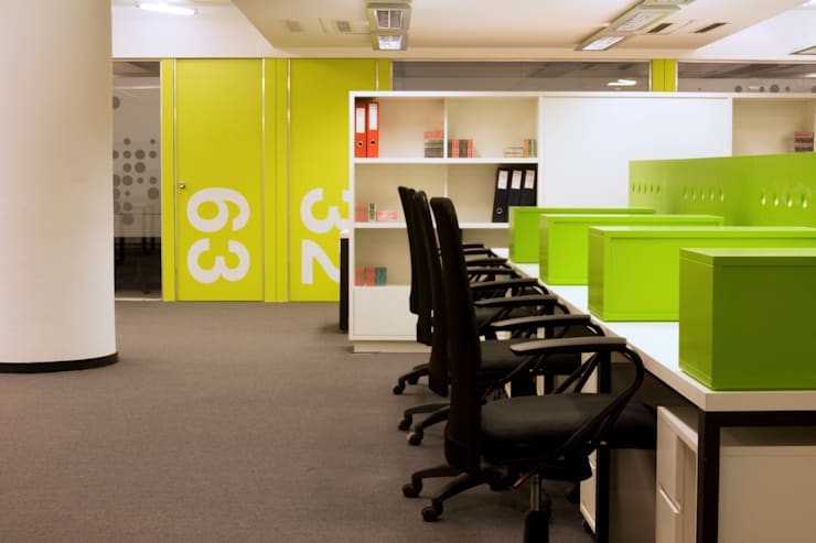 Oficinas Emi Music · Buenos Aires · Paula Herrero   Arquitectura: Estudios y oficinas de estilo  por Paula Herrero   Arquitectura