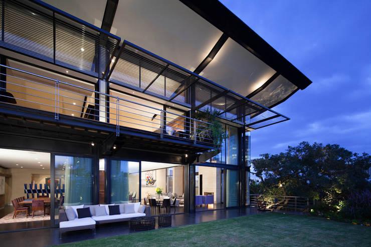 Casas La Punta: Casas de estilo  por grupoarquitectura