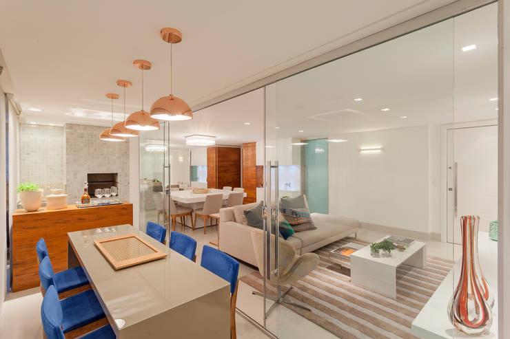 Terrazas de estilo  por Carmen Calixto Arquitetura