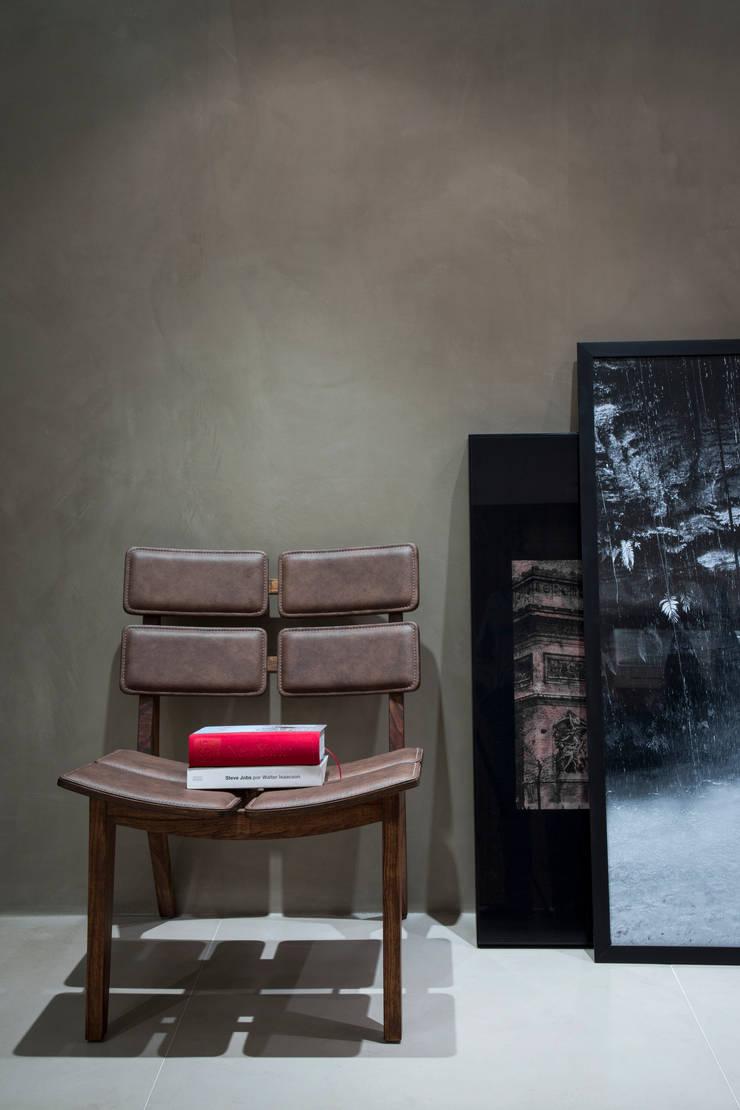 Apartamento PH: Salas de estar  por Ricardo Cavichioni Arquitetura