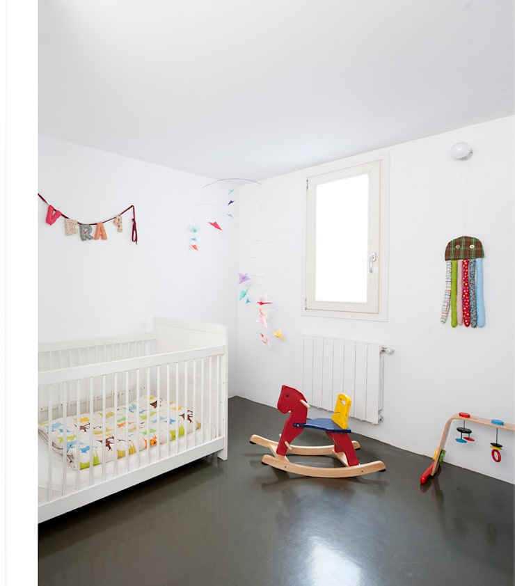 Moderne kinderkamers van manrique planas arquitectes Modern
