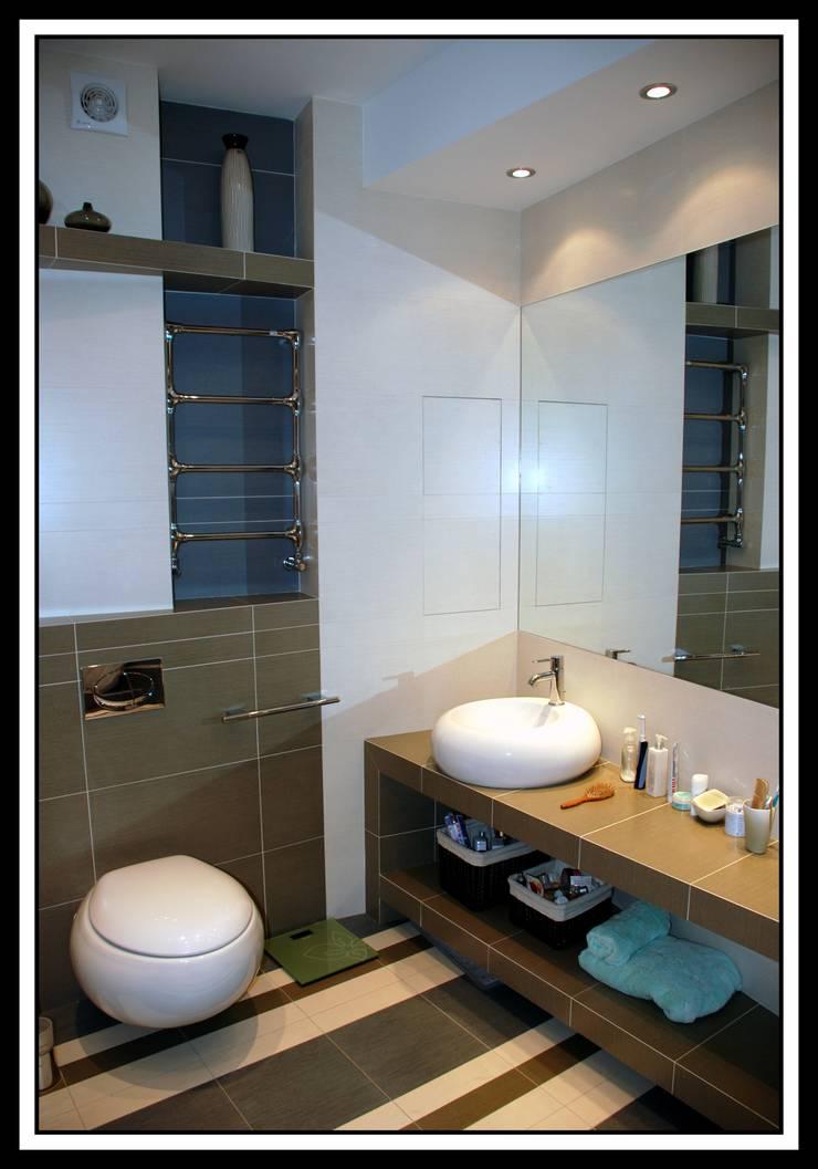 Ванная комната в квартире на Тверской: Ванные комнаты в . Автор – Дизайн-студия «ARTof3L»
