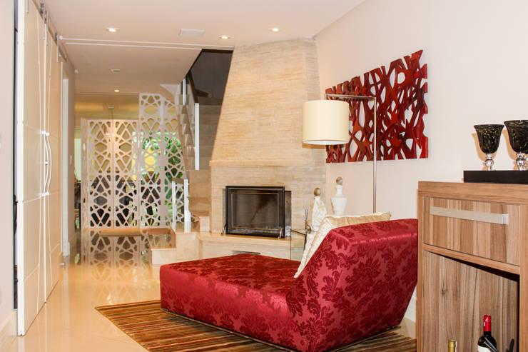 Sala de Inverno: Salas de estar  por Maestrelo Arquitetura e Interiores,Moderno