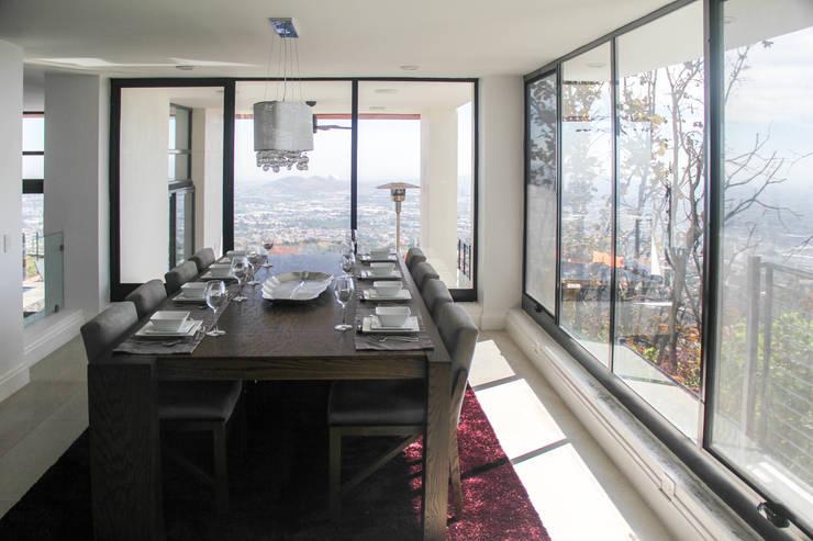 Salas de jantar modernas por aaestudio
