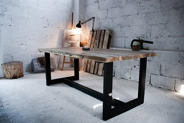 Stół LoftTable od Blaise: styl , w kategorii Jadalnia zaprojektowany przez Blaise Handmade Furniture