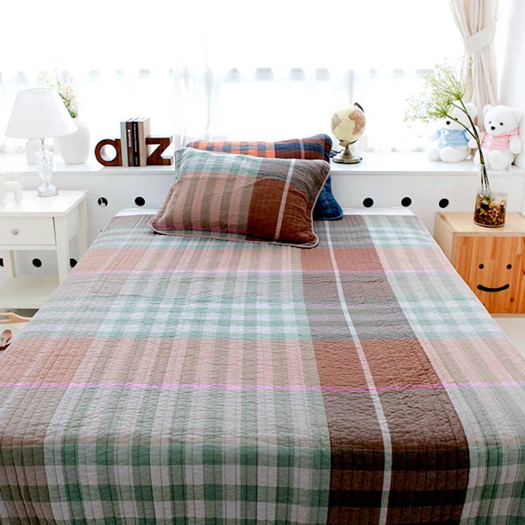 유로 스트라이프(선염지) 침구-브라운 (160x210cm): 쉬즈가의  침실