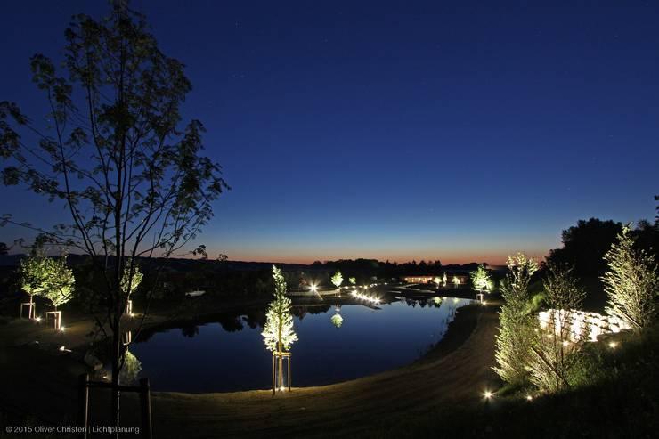 Jardines de estilo  de OC|Lichtplanung, Mediterráneo