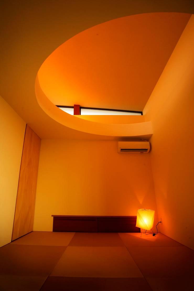 海の家Ⅰ: Y.Architectural Designが手掛けた和室です。