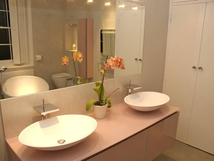 Hampstead Bathroom: modern Bathroom by Refurb It All