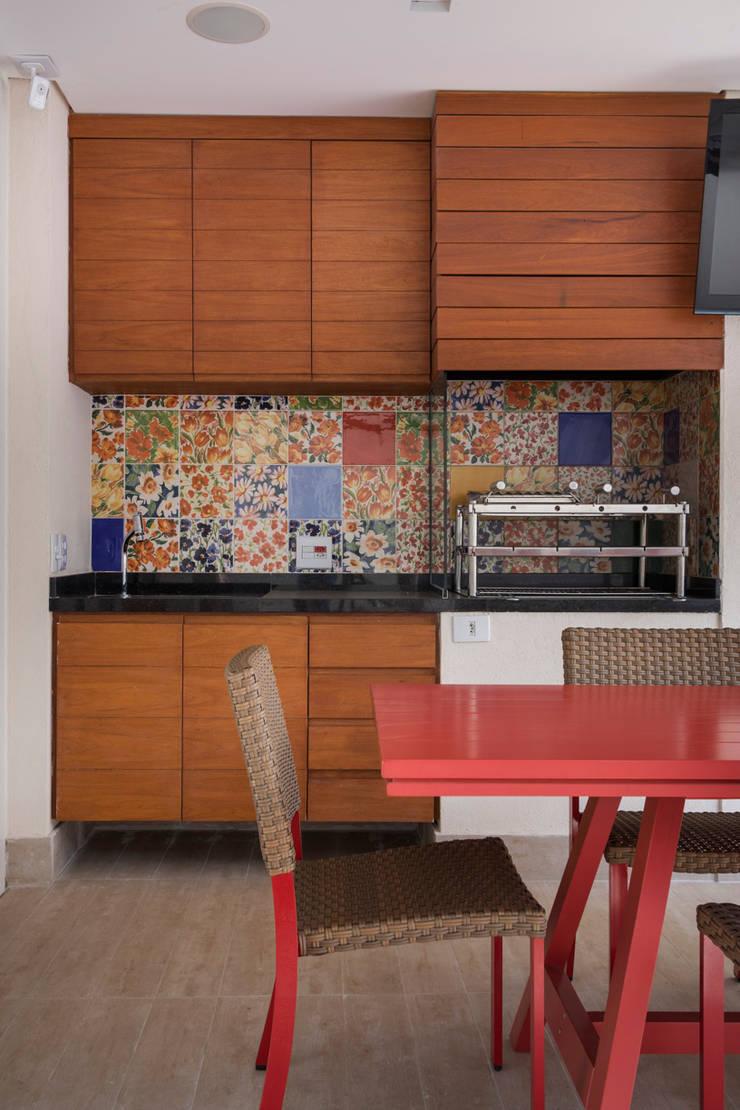 Casa Brooklin: Cozinhas  por Cactus Arquitetura e Urbanismo
