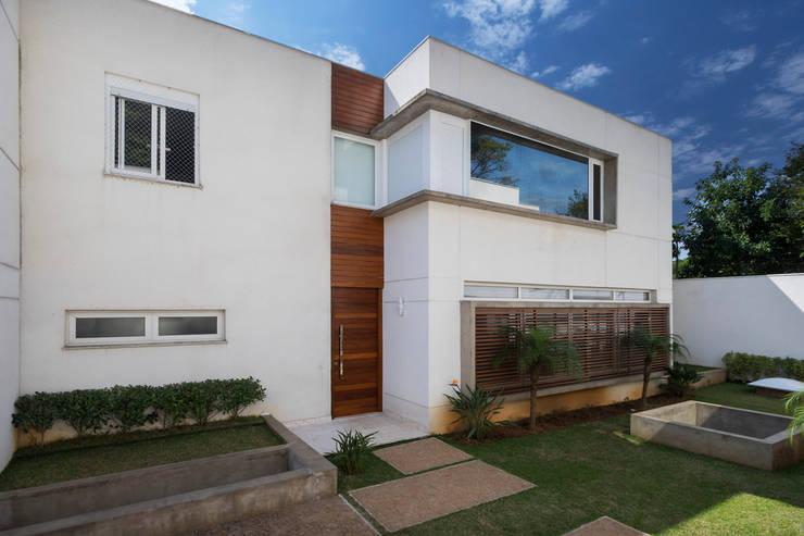 Casas de estilo  por Cactus Arquitetura e Urbanismo