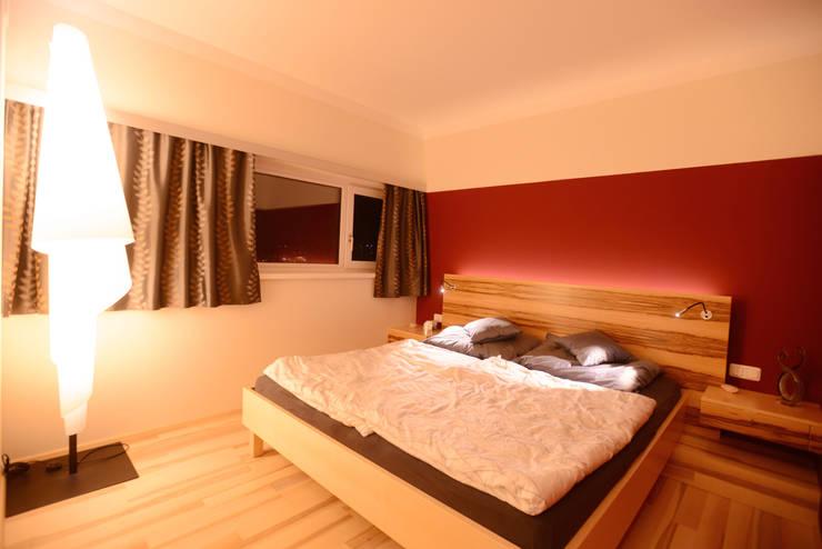 Innengestaltung eines Neubaus:  Schlafzimmer von Horst Steiner Innenarchitektur