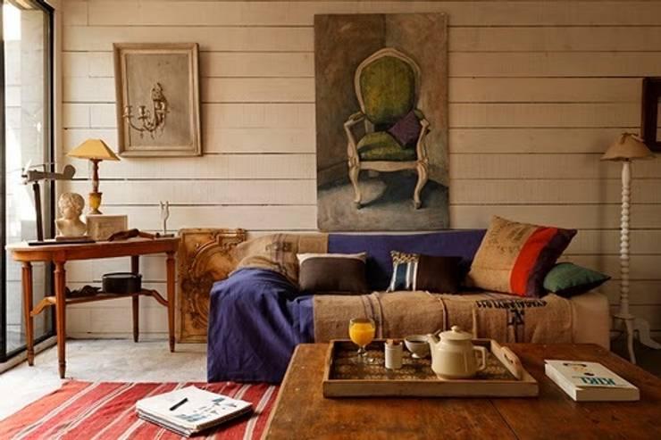 Maison Frédéric Tabary: Salon de style  par Tabary Le Lay