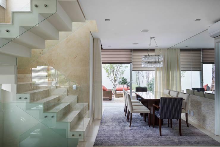 Casa Brooklin: Salas de jantar  por Cactus Arquitetura e Urbanismo