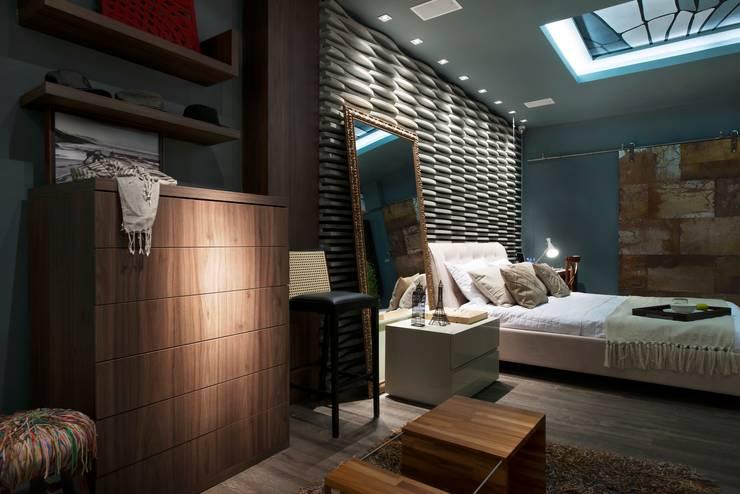 Apartamento do Homem Moderno - Morar Mais por Menos Vitoria 2015: Quartos  por Cristiane Locatelli Arquitetos & Associados